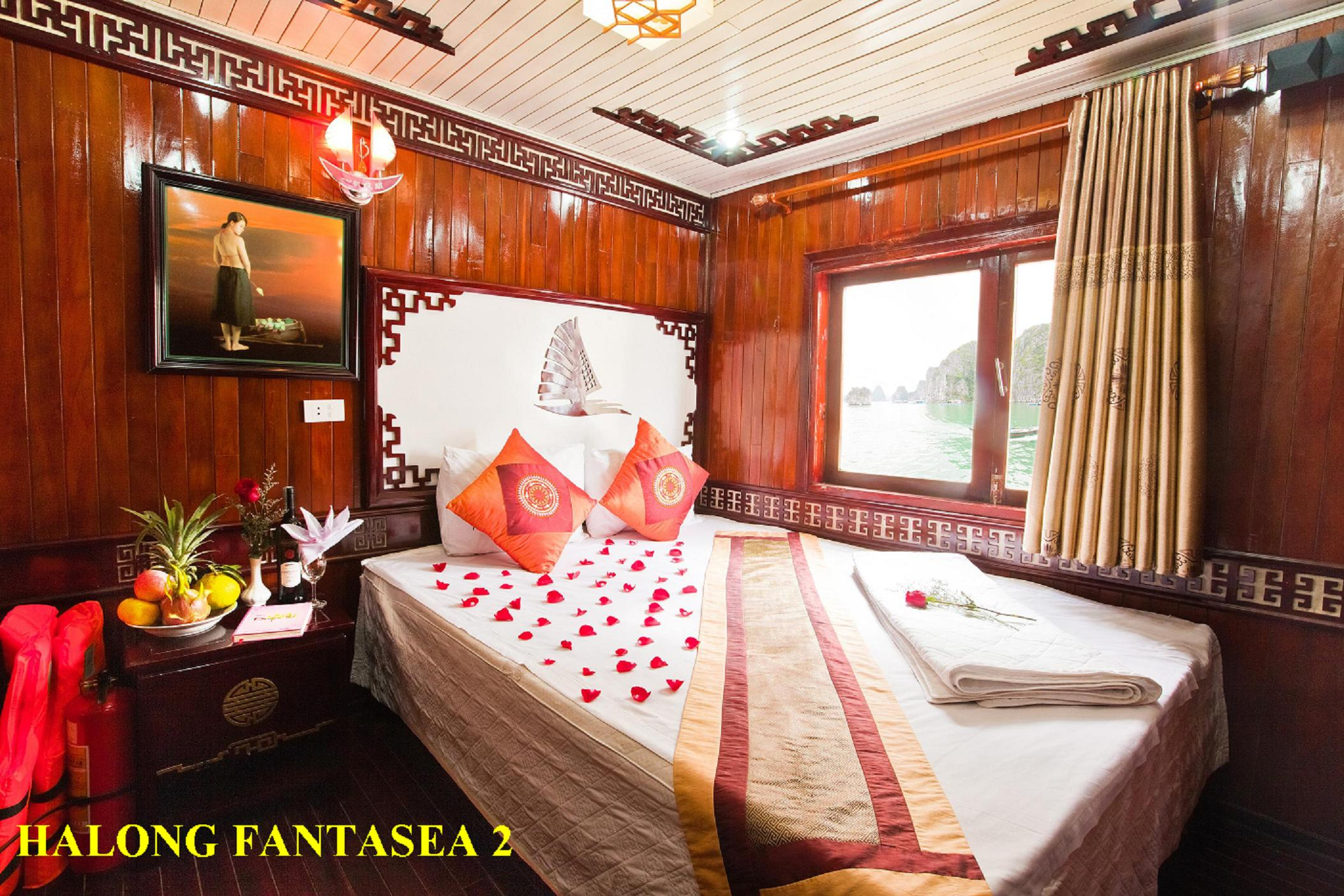 HALONG BAY 2 days/ 1 night - on Fantasea Cruise
